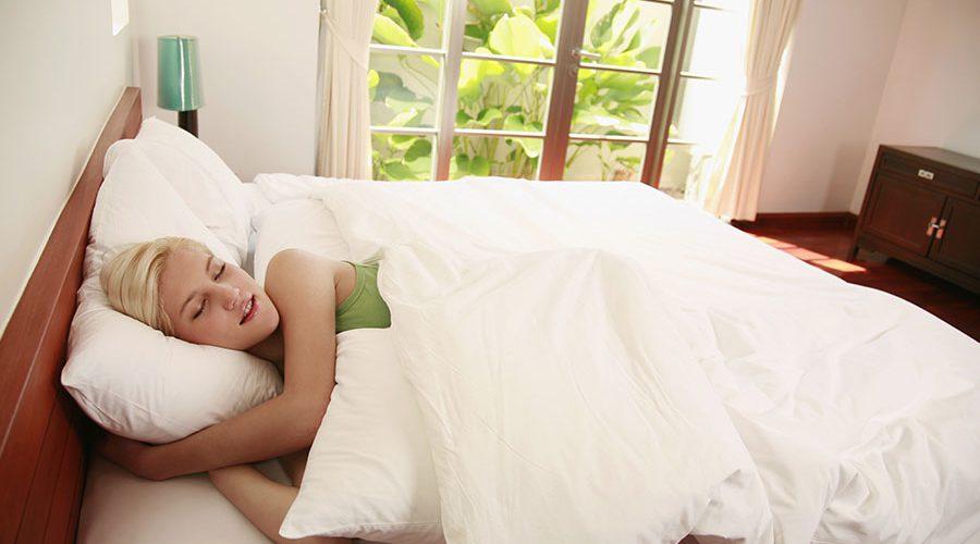 Essential Oils for a Good Night's Sleep